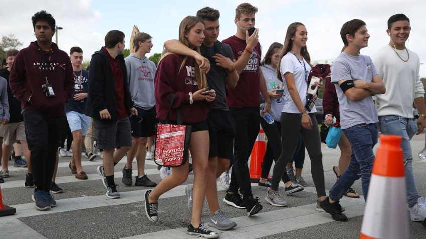 030118 parkland students back to school