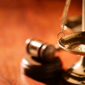 1499461038-3117971-justice-scale-and-gavel