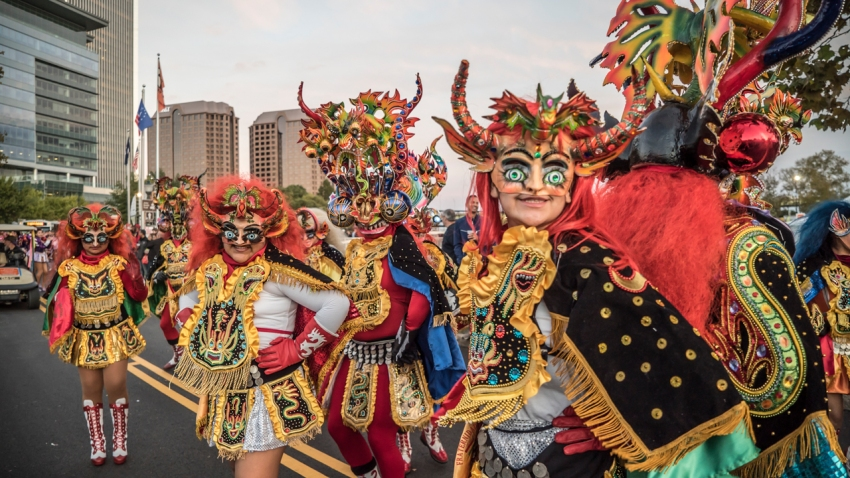 20151010DP-141-Bolivian Parade-by Dave Parrish