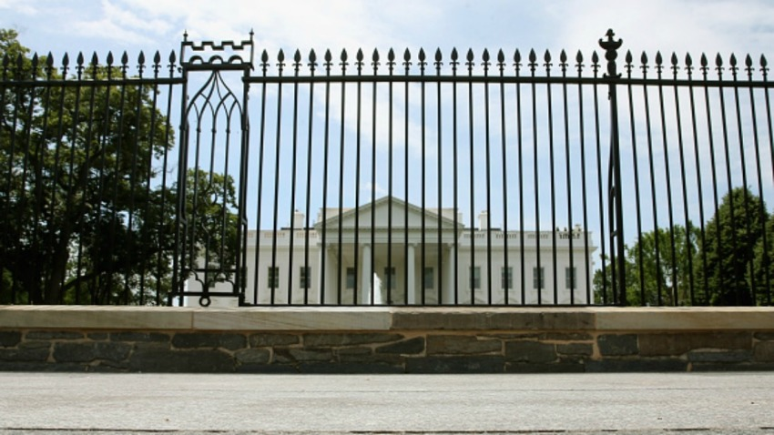 20160616 white house fence