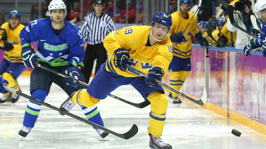 461427027ML00050_Ice_Hockey