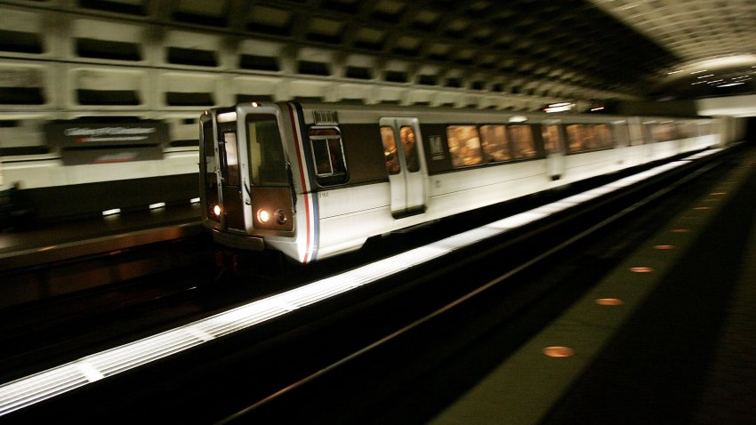 010909 Metro Train