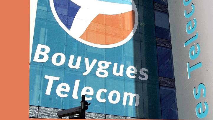 FRANCE PHONE CRASH