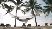 Travel Expert's Tips on Booking Cheap Vacations