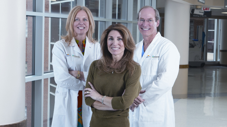 Doctors with patient MHI-CC ad