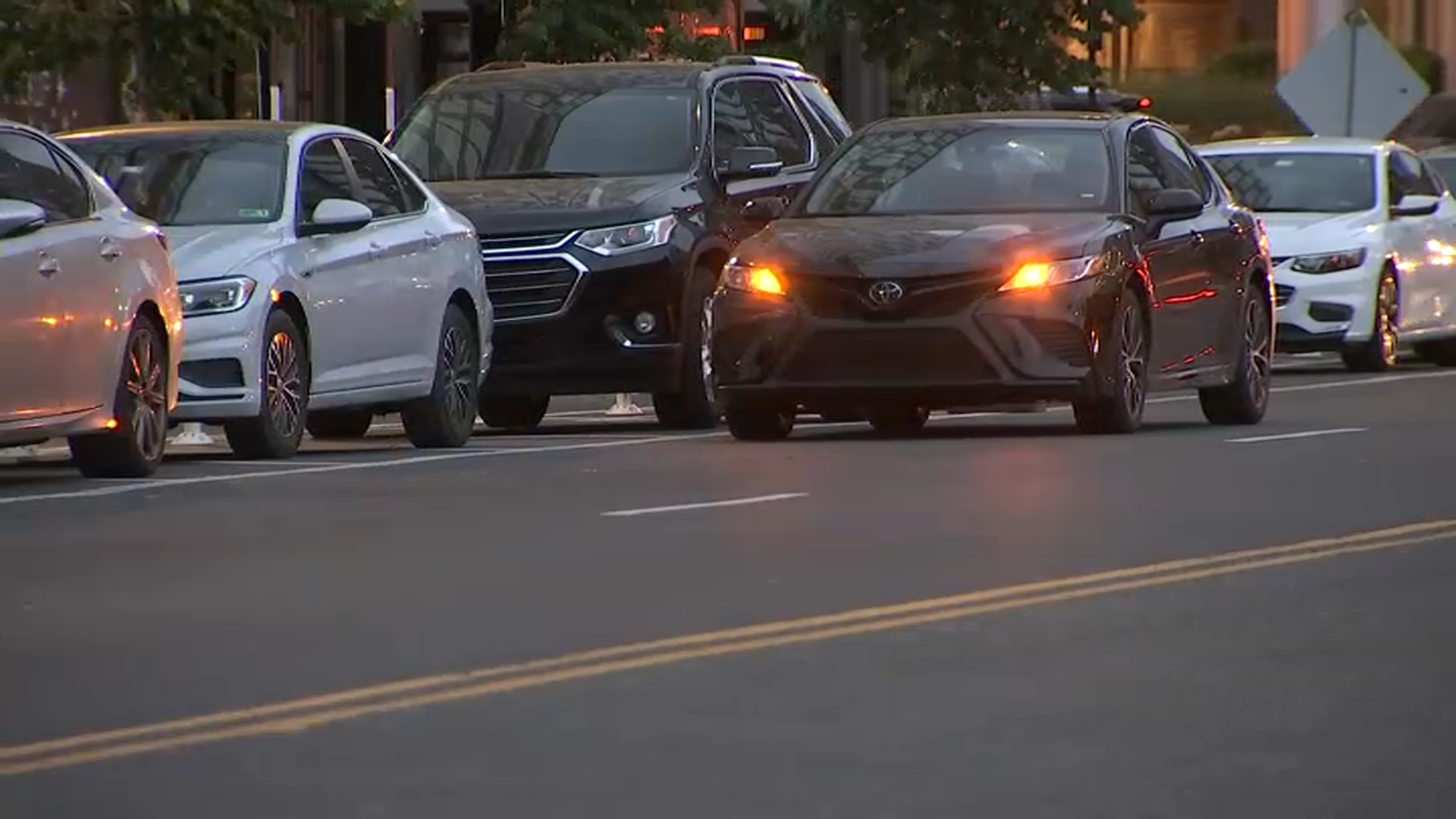 DC Police Warn Delivery Drivers About Carjackings