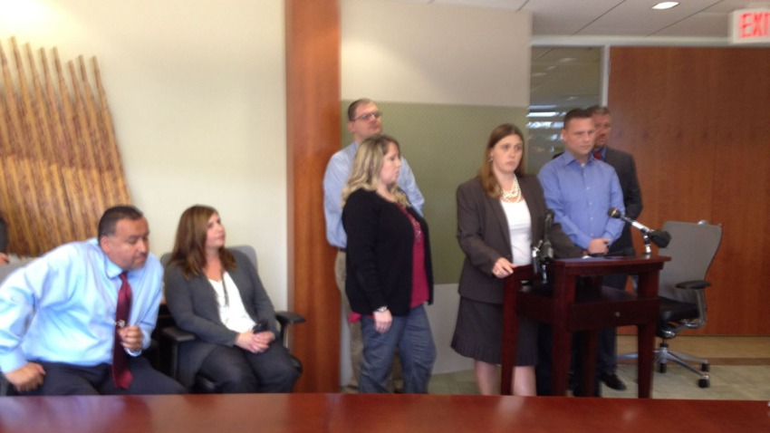 Federal workers lawsuit news conference 110413 Jay Alvey