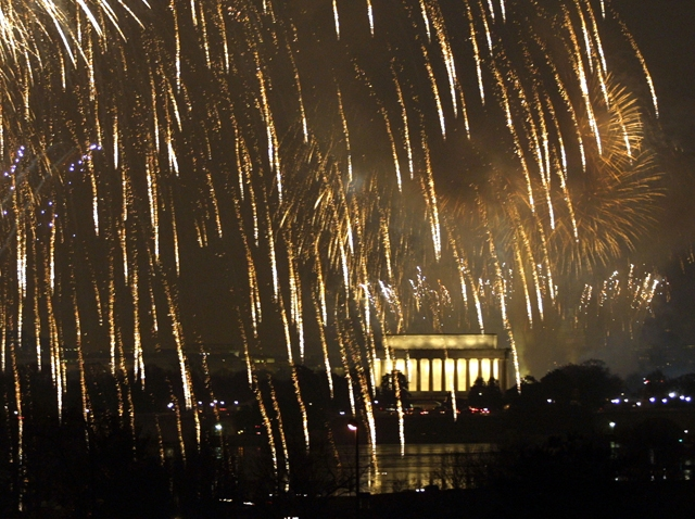 Fireworks-Washington-mall
