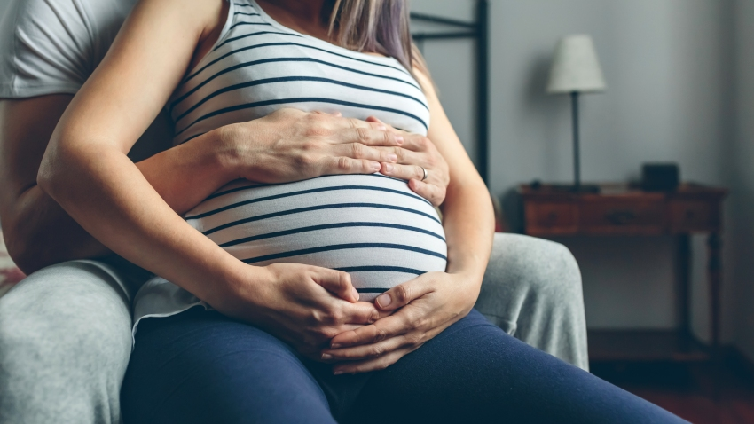 Women giving birth in some hospitals will have to do it alone—visitors, including the fathers of newborns, are being barred from hospitals in wake of the coronavirus outbreak.