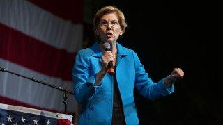 Elizabeth Warren-Democratic Wing Ding-Iowa