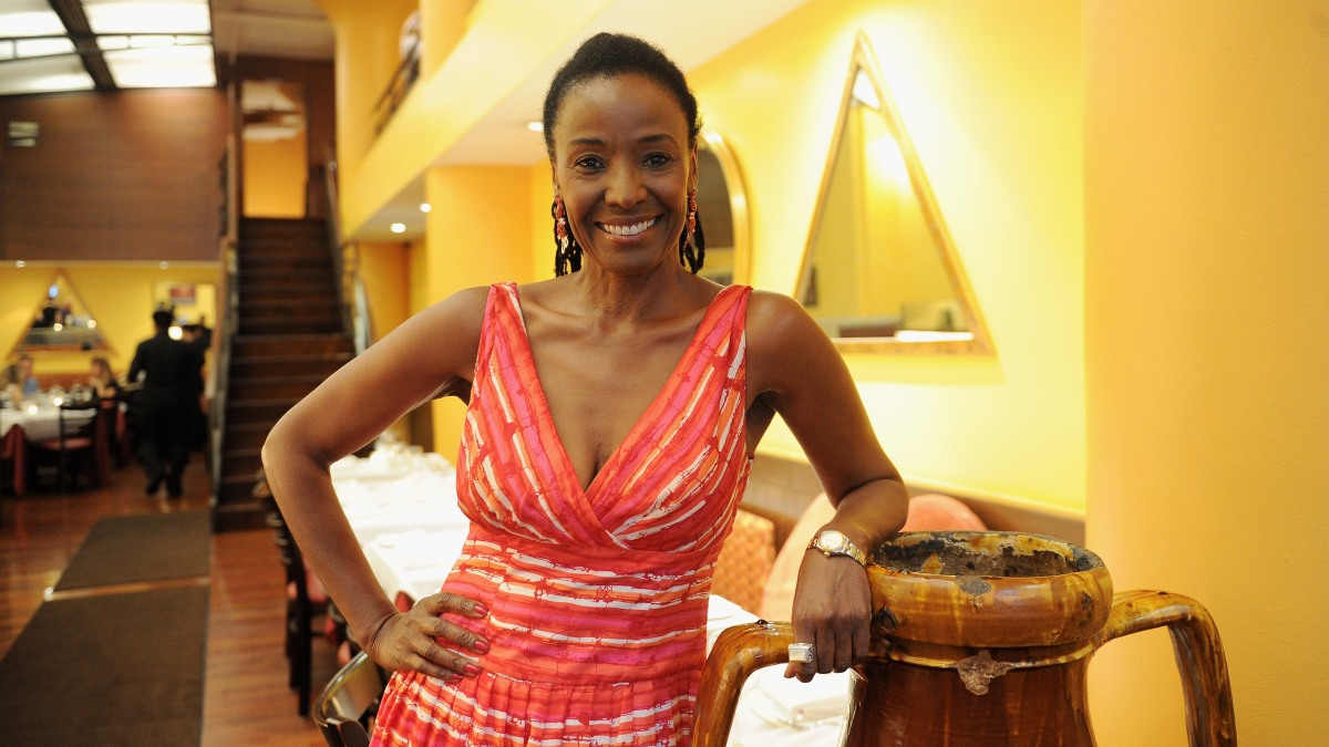 B. Smith, Lifestyle Guru Dead at 70 After Battling Early Onset Alzheimer's