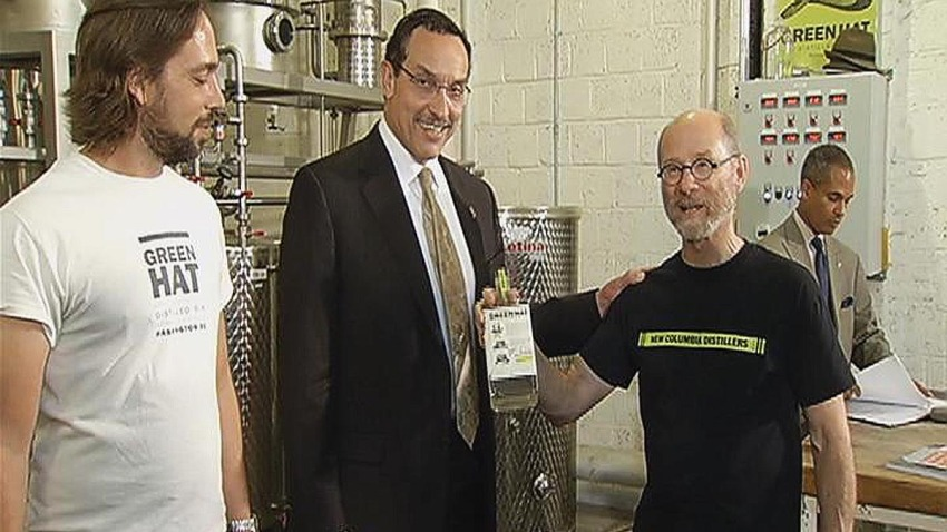 Mayor Vincent Gray With Green Hat Gin