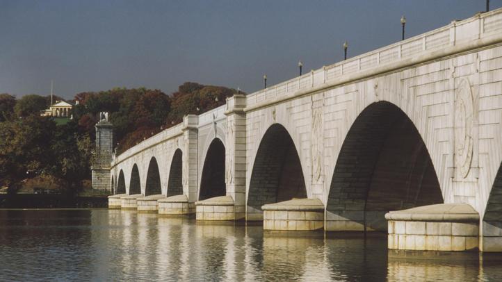 Memorial Bridge Arlington