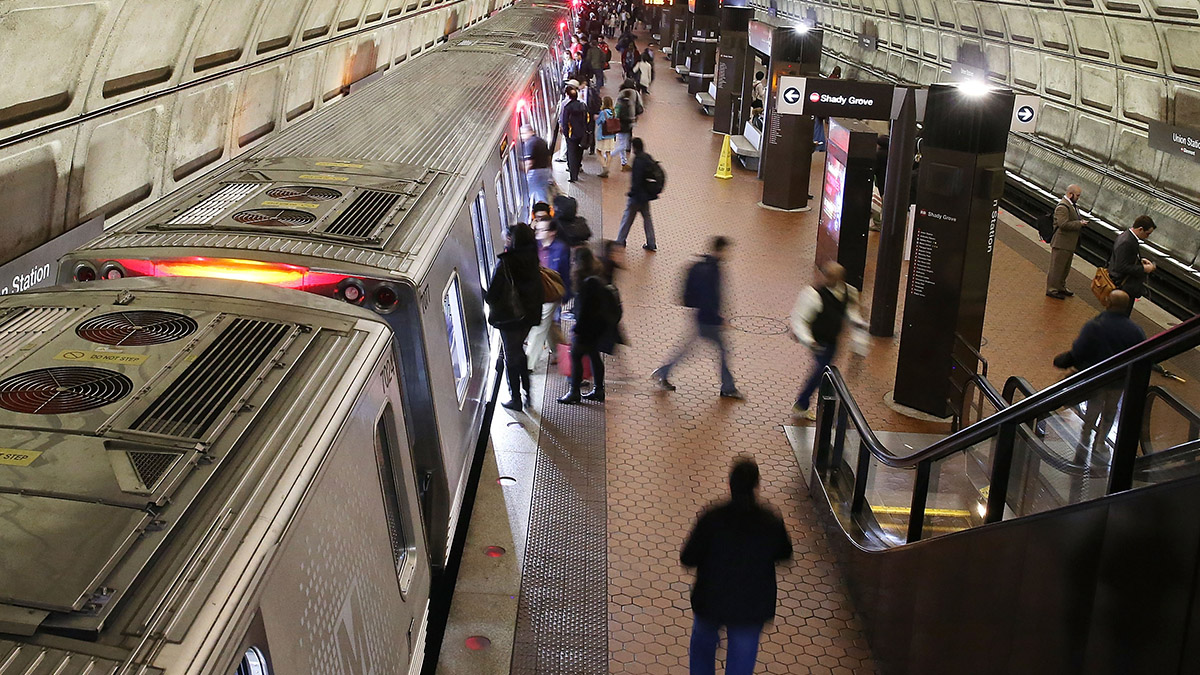 Lawmakers Call for Metro to Crack Down on Sexual Harassment in the Ranks
