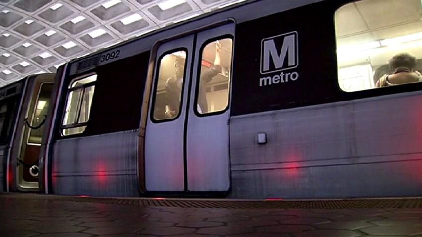 Metro Train2