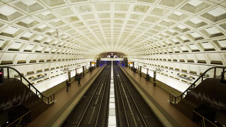 Metro-shutterstock_700401737