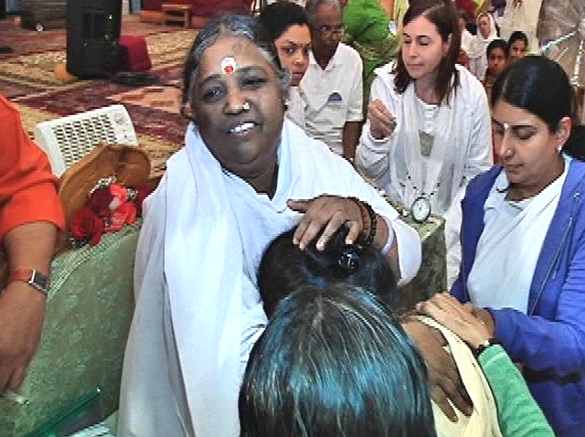 The Hugging Saint Mata Amritanandamayi Devi