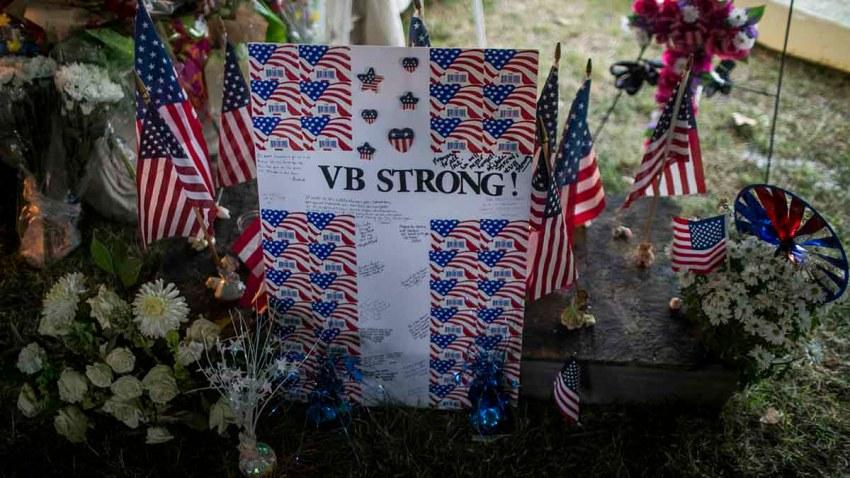 Memorial to Virginia Beach shooting victims