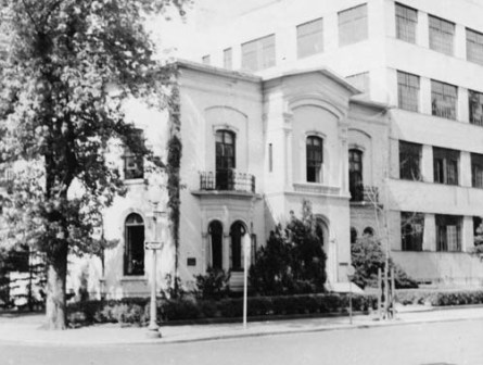 Woodhull_1945