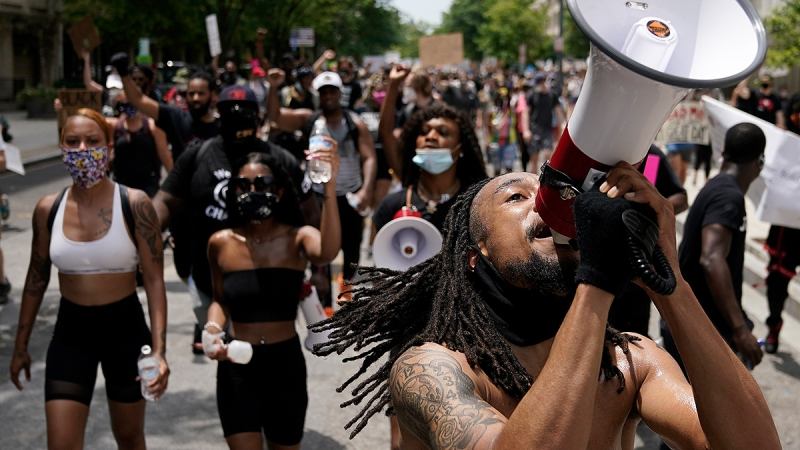 Photos: Protesters Gather for the Largest Expected Demonstrations in DC