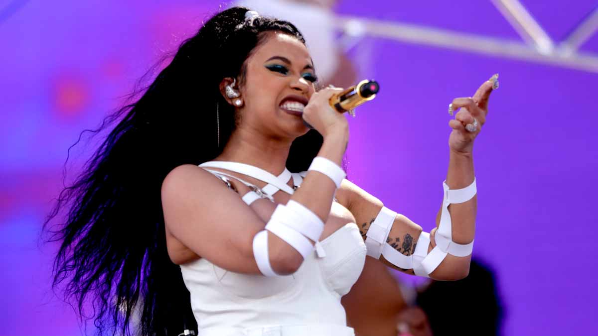Cardi B Virginia: Cardi B Declined Super Bowl Halftime Show In Support Of