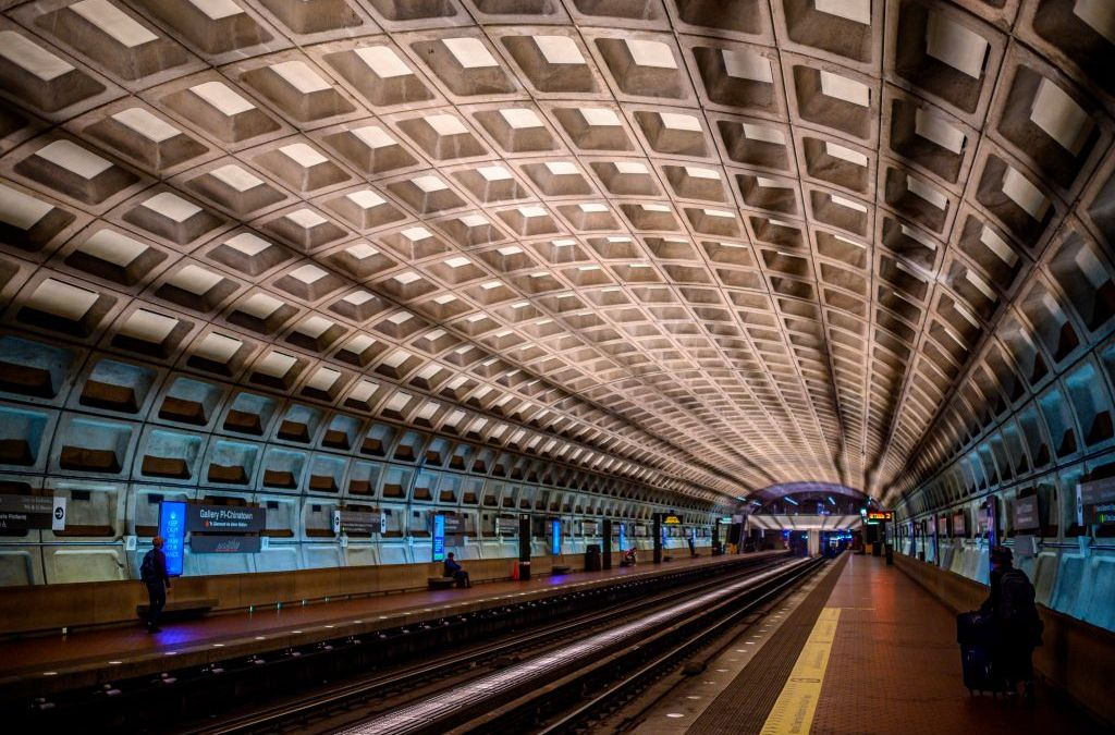 Metro Train Derails Near Silver Spring Station