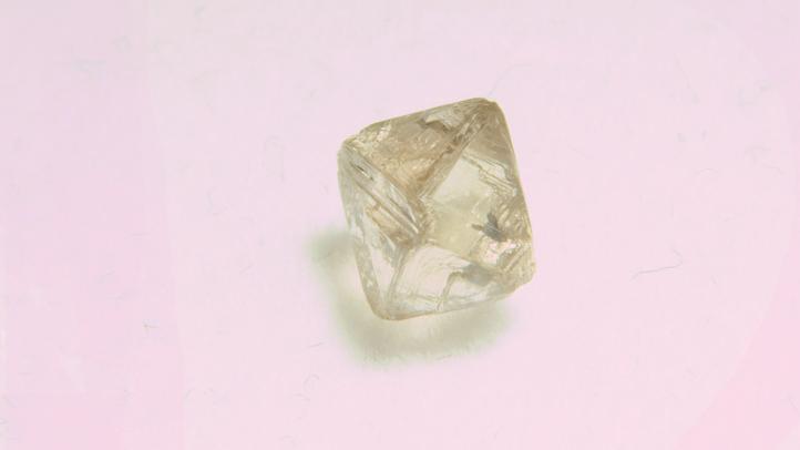 diamond_shutterstock_39125581