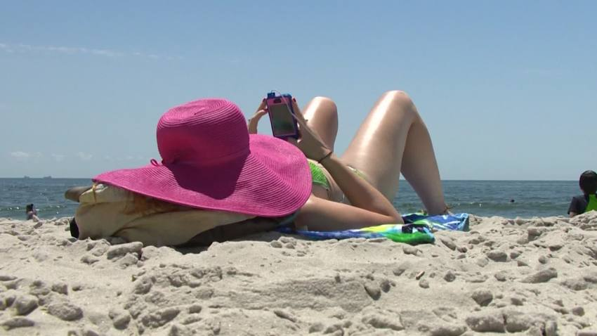 Conumer Reports: Protecting Electronics on Vacation