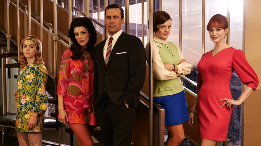 ff178663-a8a8-298b-fbcd-867d4aa84525_Mad Men_Stairs_Jon_Jessica_Elisabeth_January_Kiernan_Christina_1153_1182_V1