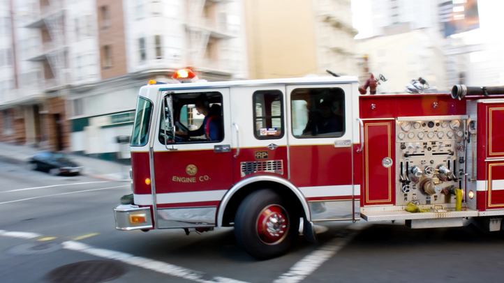 firetruck-shutterstock_11679373