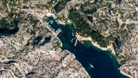 Google Earth Releases 1,000 Beautiful and Bright New Photos
