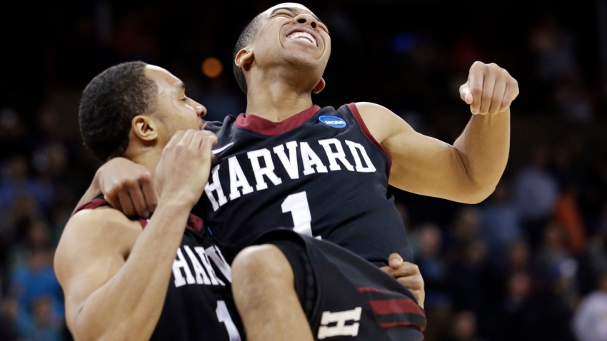 APTOPIX NCAA Harvard Cincinnati Basketball