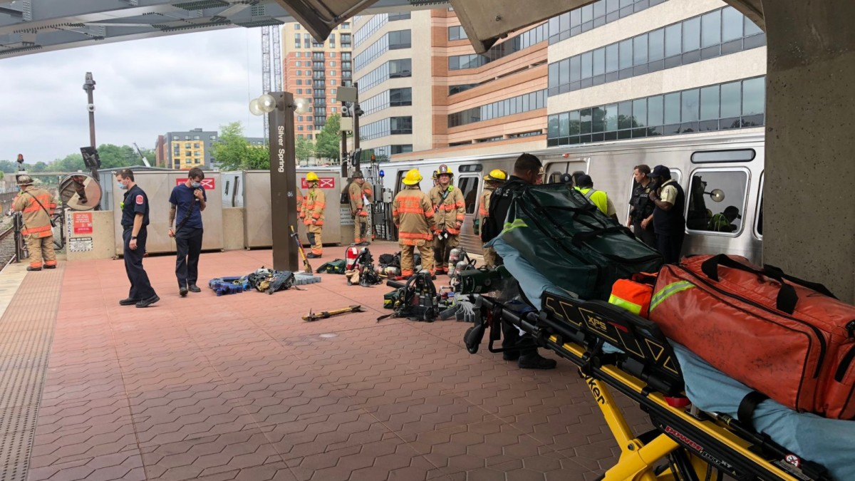A Metro train on the Red Line has derailed outside the Silver Spring station, officials say. The Montgomery County fire department is checking pa