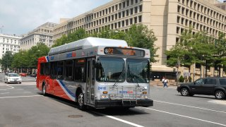 metrobus Pennsylvania Avenue