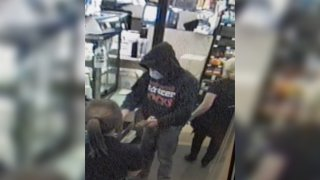 safeway grocery robbery suspect