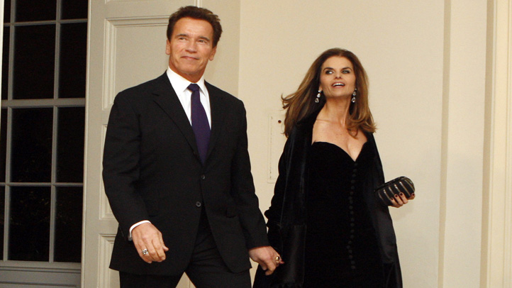 schwarzenegger_shriver_couple_hands