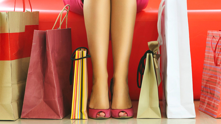 shopping-shutterstock_106530410