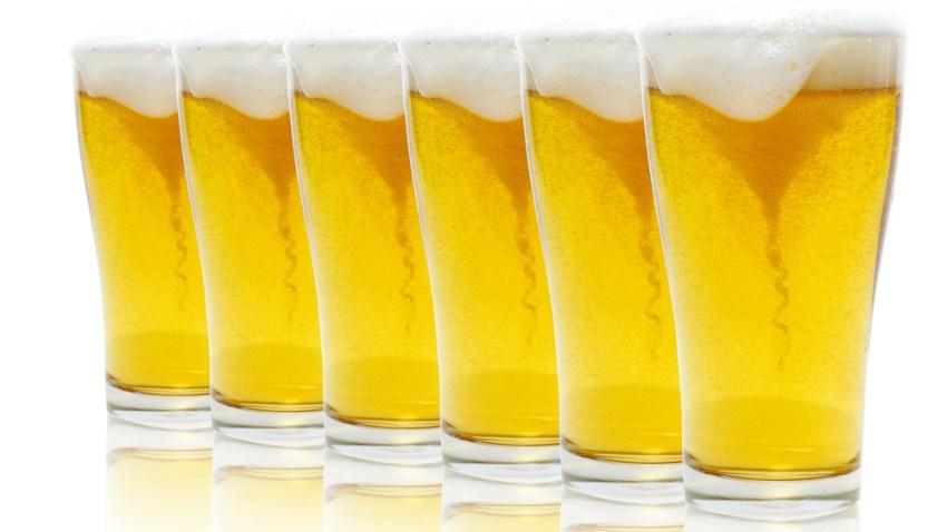 beer glasses generic
