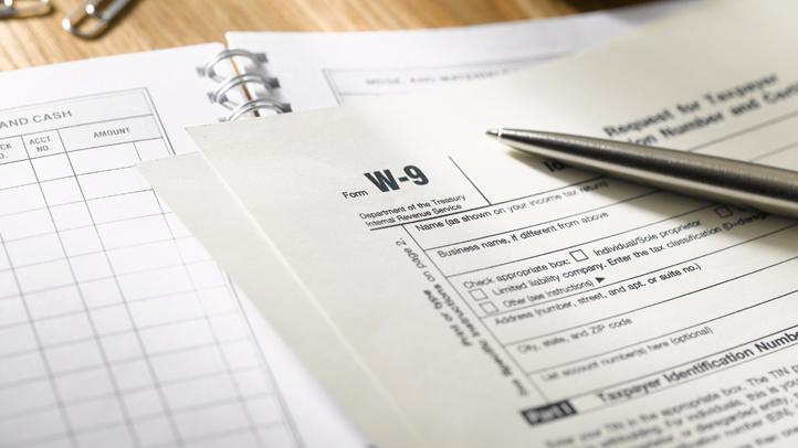 w9-taxes-generic-tax-form