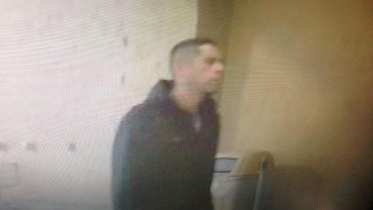 9. Man Posing as Walmart Employee Sends Away Cashier, Steals Money From Register