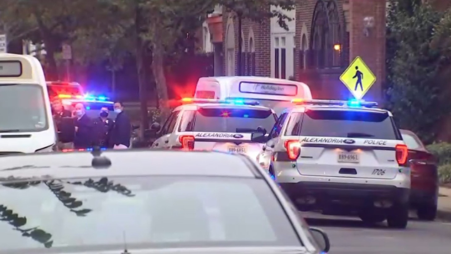 Officer Wounded, Suspect Dead After Shootouts in Old Town Alexandria