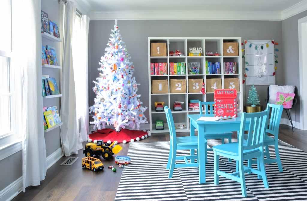 christmas decorations playroom