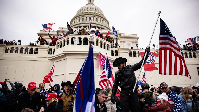 Pro-Trump supporters storm the U.S. Capitol