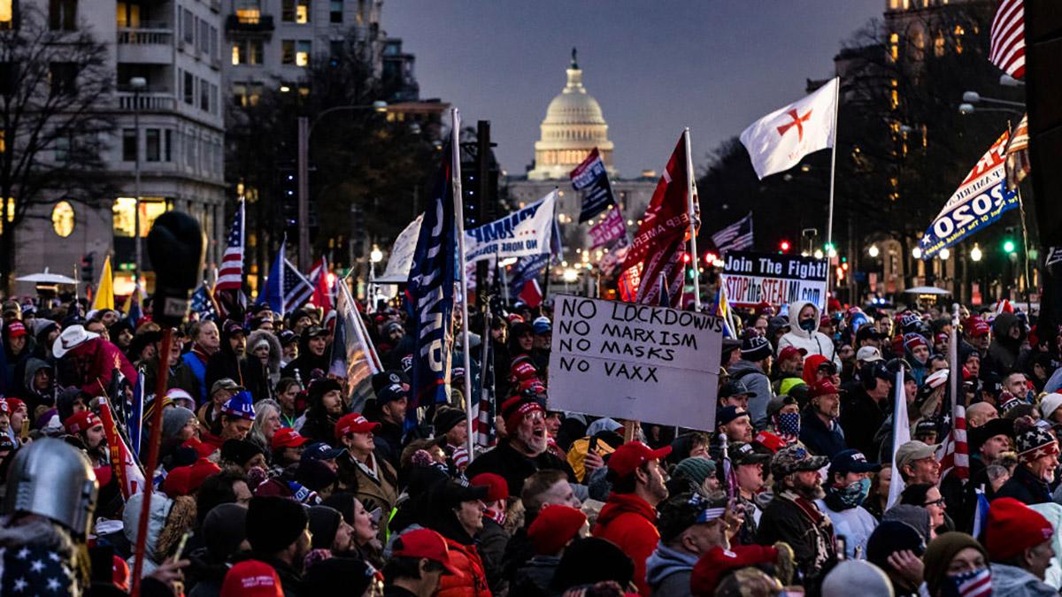 Photos: DC Braces for Conflict as Trump Supporters Descend on the Capitol –  NBC4 Washington
