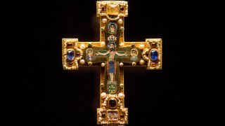 FILE - In this Jan. 9, 2014, a medieval Cross, part of the Welfenschatz, or Guelph Treasure, is displayed at the Bode Museum in Berlin. Ruling in a multi-million dollar dispute over a collection of medieval religious artworks, the Supreme Court made it harder Wednesday for certain lawsuits over property taken from Jews during the Nazi era to be brought in U.S. courts. The justices sided with Germany in a dispute involving the heirs of Jewish art dealers and the 1935 sale of a collection of Christian artwork called the Guelph Treasure.