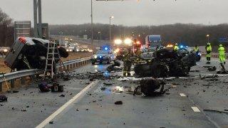 The scene of a triple-fatal crash on I-95 express lanes.