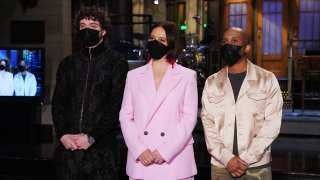 """""""Maya Rudolph"""" Episode 1800 -- Pictured: (l-r) Musical guest Jack Harlow, host Maya Rudolph, and Chris Redd during Promos in Studio 8H on Thursday, March 25, 2021"""