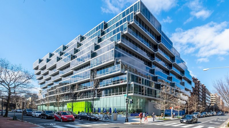 Photos: VP Kamala Harris' DC Condo on the Market for Nearly $2M