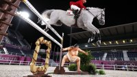 Sumo Scare? Riders Say Statue May Have Spooked Horses at Jumping Qualifiers