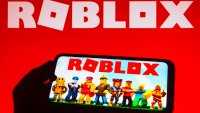 Experts, Users Warn About Explicit Content on Popular Gaming Platform Roblox